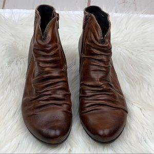 Pikolinos | Brown Ginebra Wrinkled Leather Booties